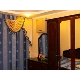 Недвижимость : аренда посуточно 4 - х комнатная квартира
