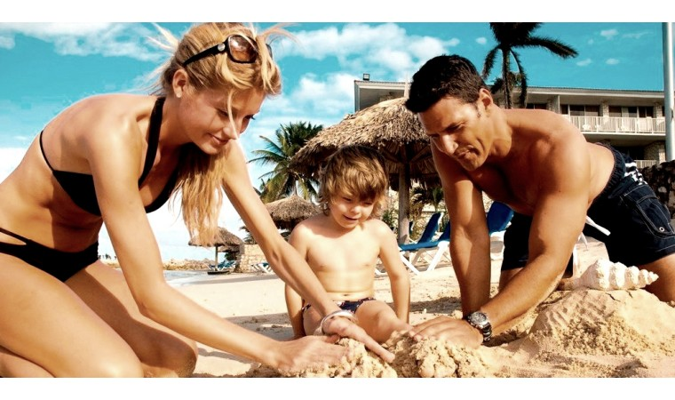 Summer_holiday_family