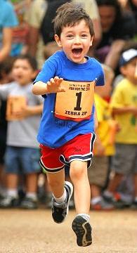 Полезная информация и интересные статьи о спорте и здоровом образе жизни: как стать активнее и заняться наконец спортом! Советы и рекомендации специалистов, помогающие вернуть энергию в свою жизнь (смотреть онлайн бесплатно фото : жизнерадостные бегущие дети)!