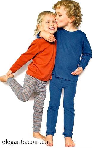 """Где можно купить онлайн недорого : детское термобелье (защита от холода)? Купить онлайн детское термобелье, можно в Сумах (Украина) интернет магазин одежды и нижнего белья """"Элегант"""" - коллекция моды нижнего белья сезон 2014 года (смотреть онлайн бесплатно фото - зимний отдых на лыжах и санях)"""