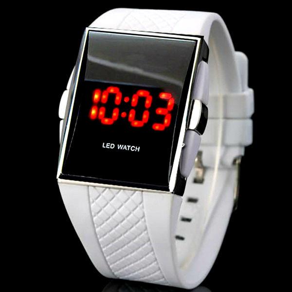 Время которое всегда с тобой! История часового дела. Механические часы по-прежнему популярны. Какие часы купить? Какие часы Вам больше всего подойдут? Смотреть онлайн бесплатно фото: время, люди и часы.